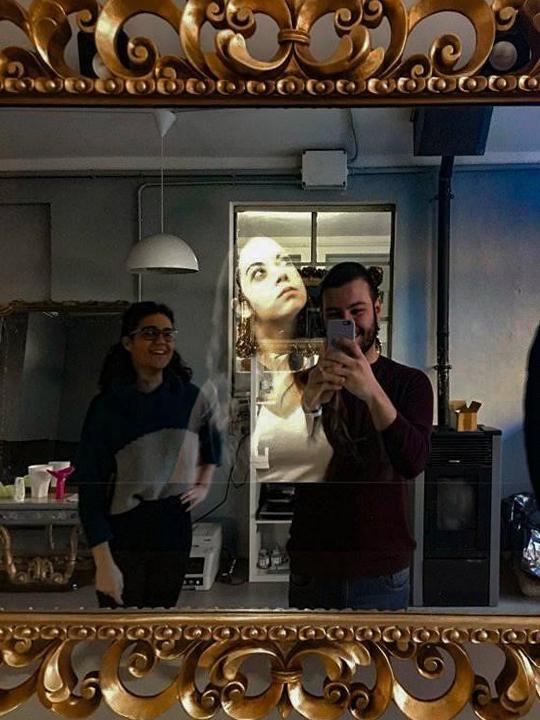High Tech Mirror Show
