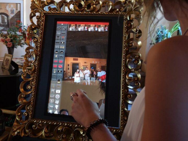 hitech mirror interazione